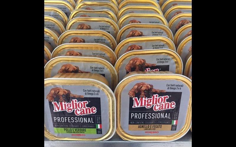 Scatolette di carne per cane