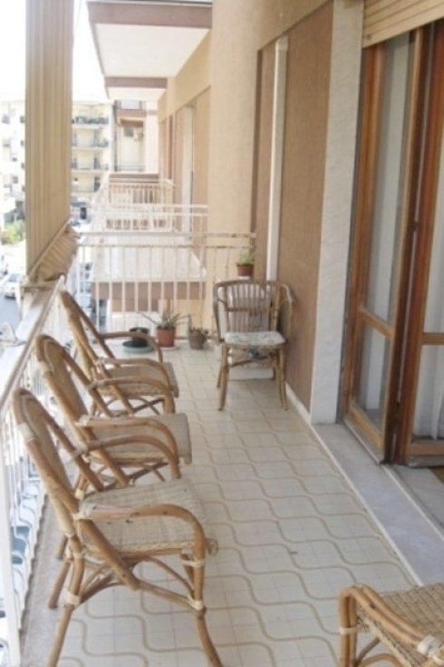 Balcone con sedie Casa di riposo La Madonnina