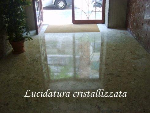 Pulizia pavimenti, lucidatura pavimenti