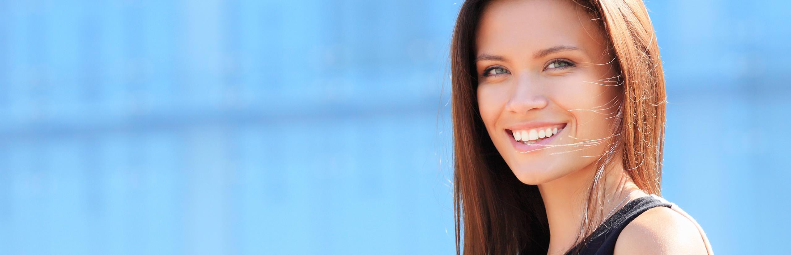 Praxis-Marketing Zahnarzt Ästhetische Zahnheilkunde Bleaching Veneers