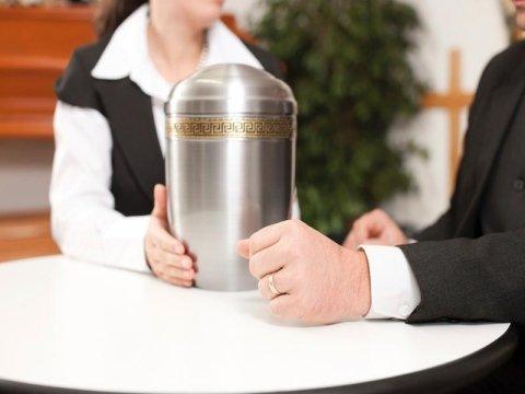 Produzione urne cinerarie