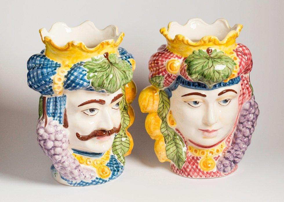 statue in ceramica