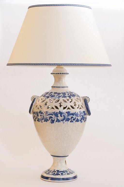Lampada in ceramica lavorata