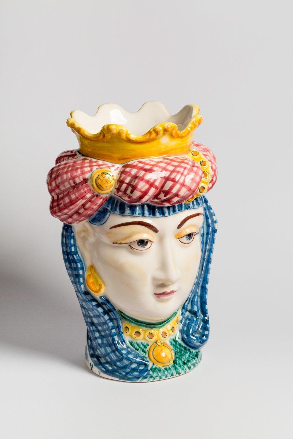 ceramica decorata a mano