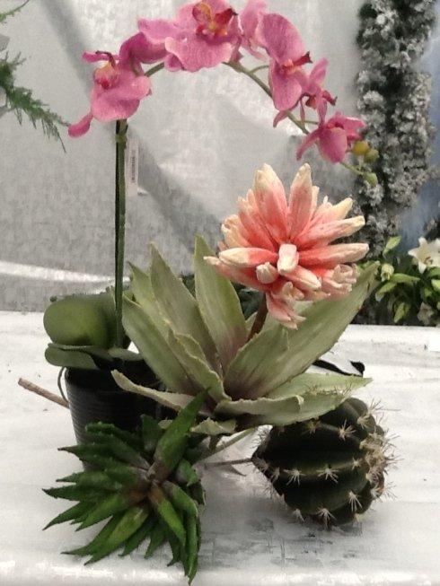 fiori e piante artificiali