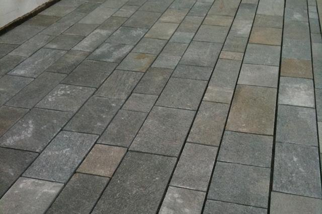 Flamed grey pavers with other colours