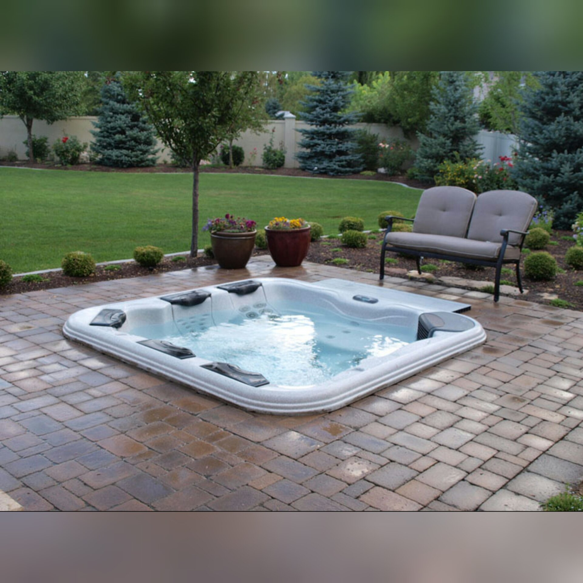 Inbuilt hot tub