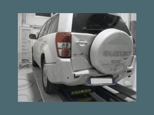 La scocca delle auto incidentate viene riparata per assicurare il normale funzionamento del veicolo, assicurando la sicurezza stradale.