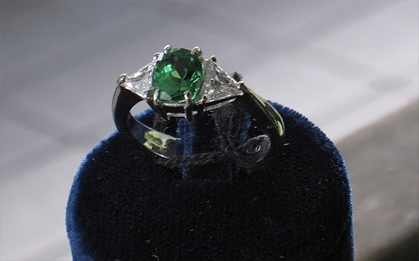 anello pietra verde