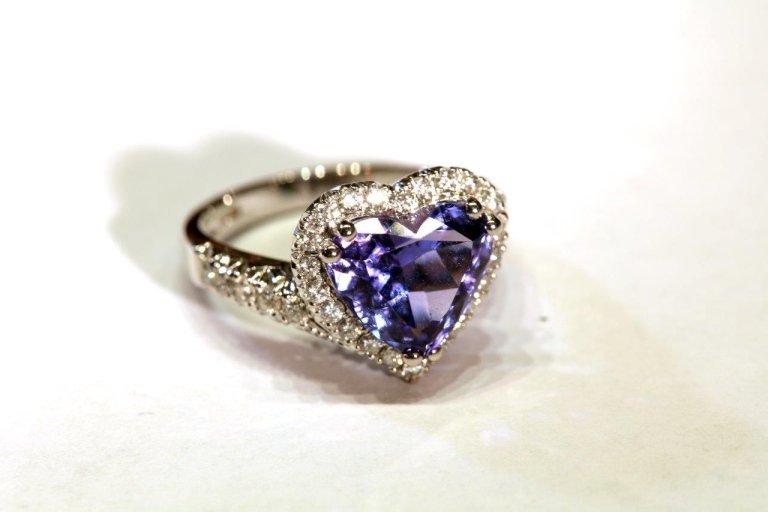 Anello blu cuore
