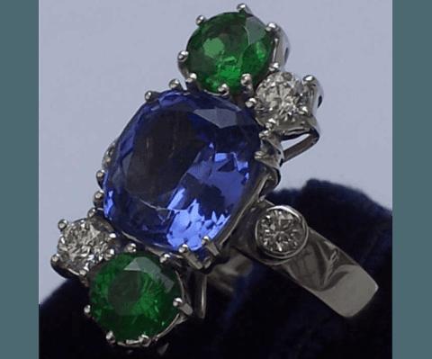 anello in tanzanite