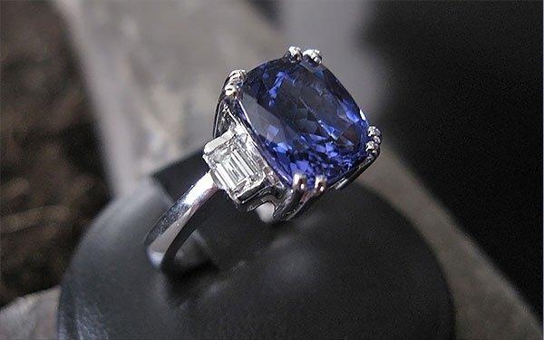 rif. A69 anello in tanzanite