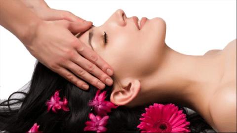 Massaggio bellezza viso e collo
