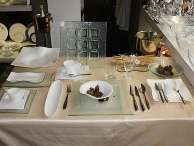 servizio di piatti in vetro