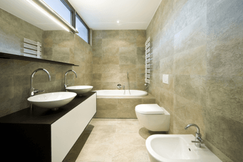pavimento e rivestimento bagno in marmo