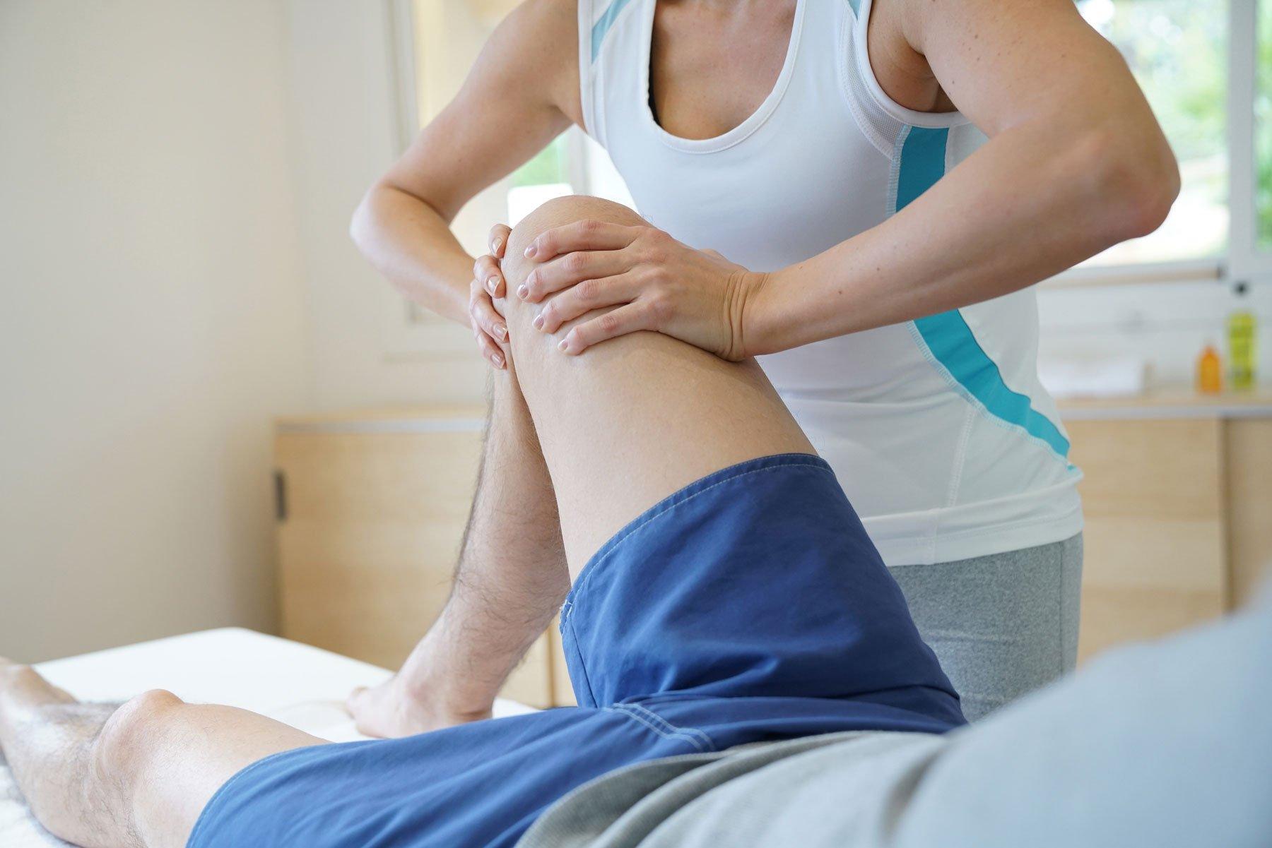 massaggio in ginocchio