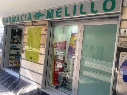L'entrata della Farmacia melillo