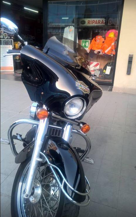 una moto Harley Davidson