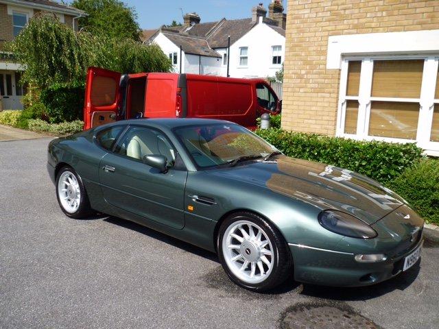 Green Alfa Romeo