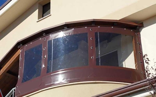 tende in pvc esterno balcone