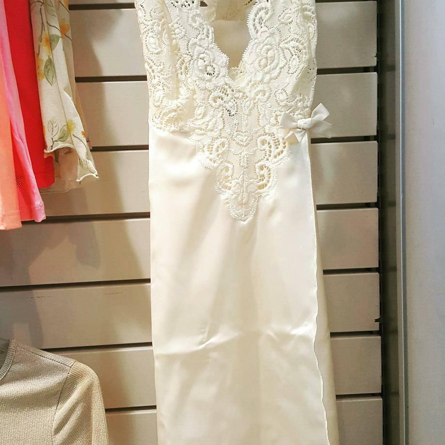 vestitio da notte bianco