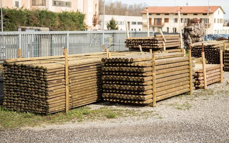 Realizzazione pali in legno