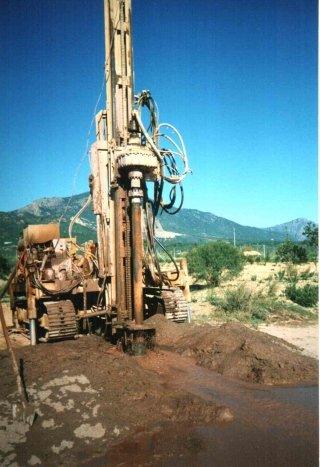 scavi e pozzi artesiani Sardegna