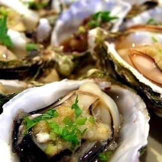 Raw appetisers and oysters