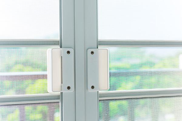 schermo della finestra della zanzara