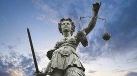 Avvocato, studio legale, diritto civile