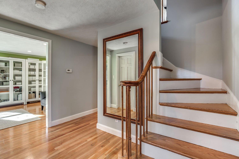 Hardwood Floor Refinishing Service Cleveland Heights, OH