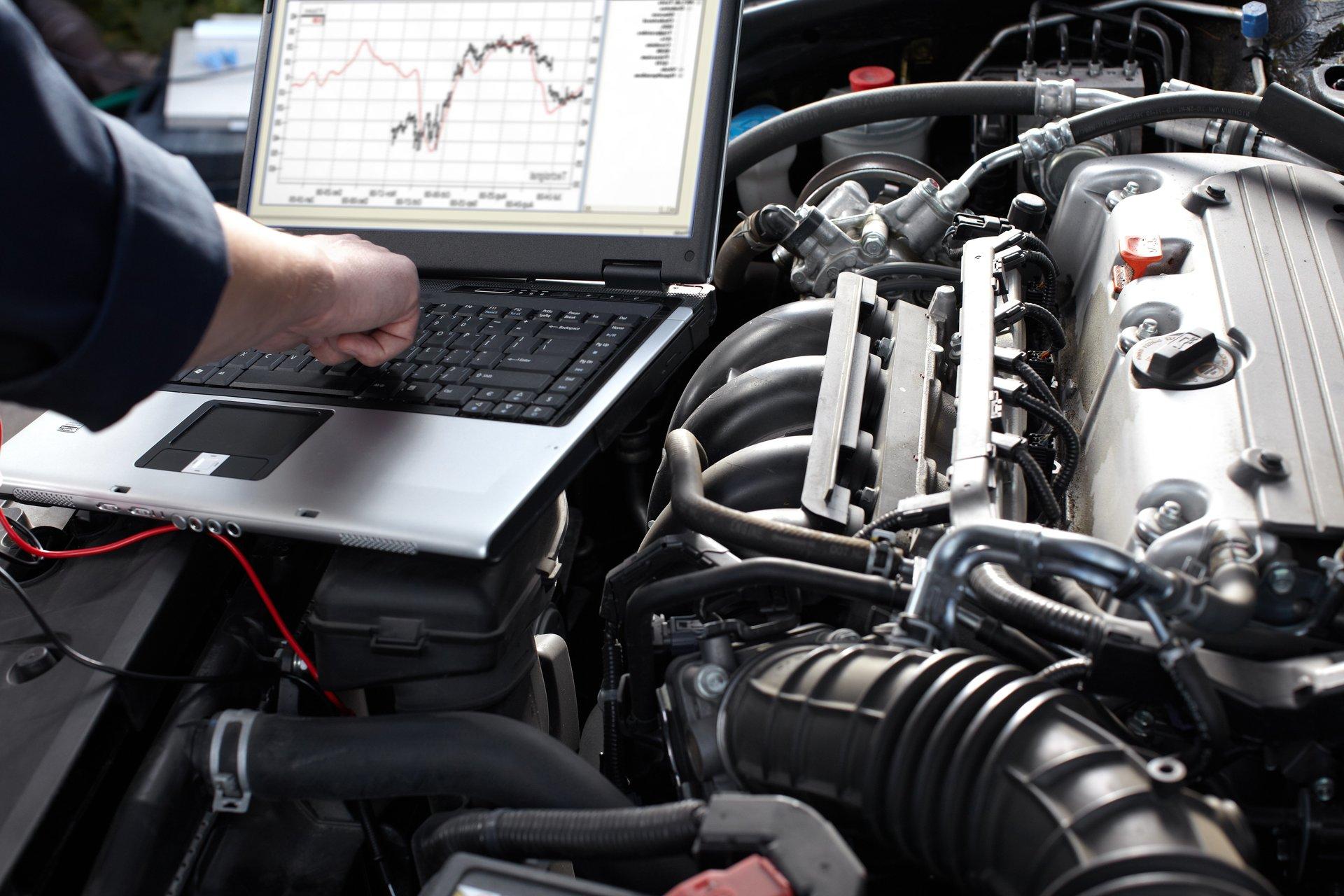 computer per valutazione prestazioni del motore