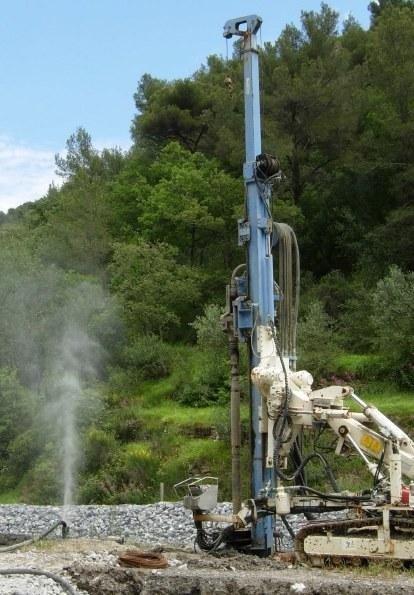 Formazione pozzo idrico