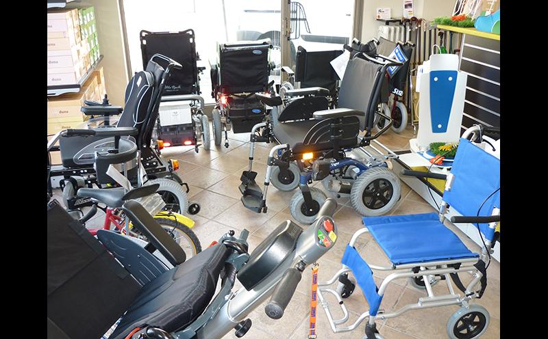 carrozzine e scooter per disabili