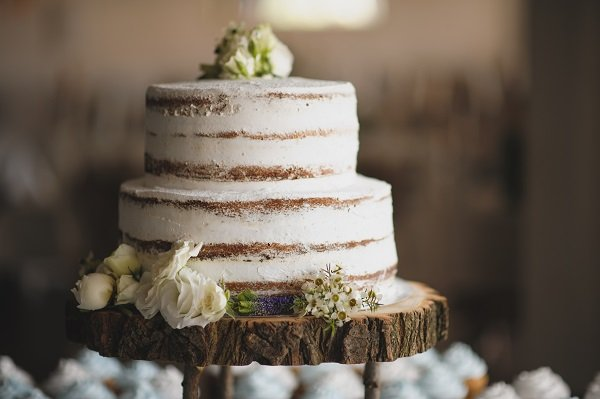 torta matrimoniale bianca