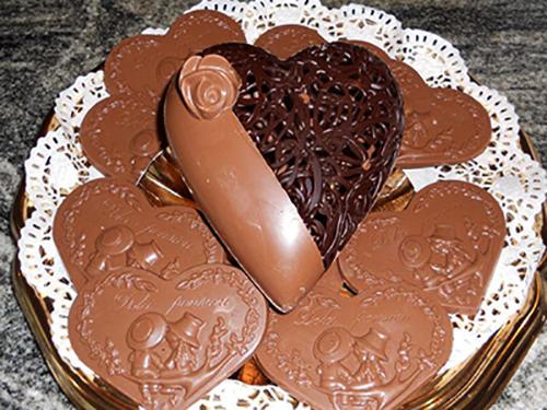 cioccolato a forma di cuore