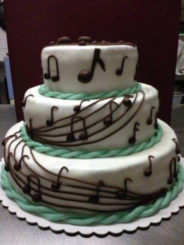 torta su tre piani