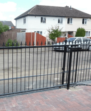 Automatic Gates In The Cotswolds C Lewis Fabrications