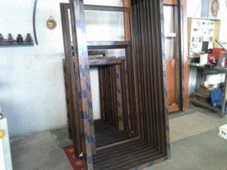 Produzione Serramenti in alluminio e PVC