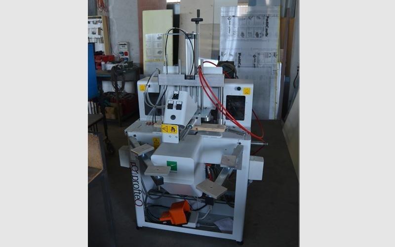 Produzione infissi alluminio e PVC