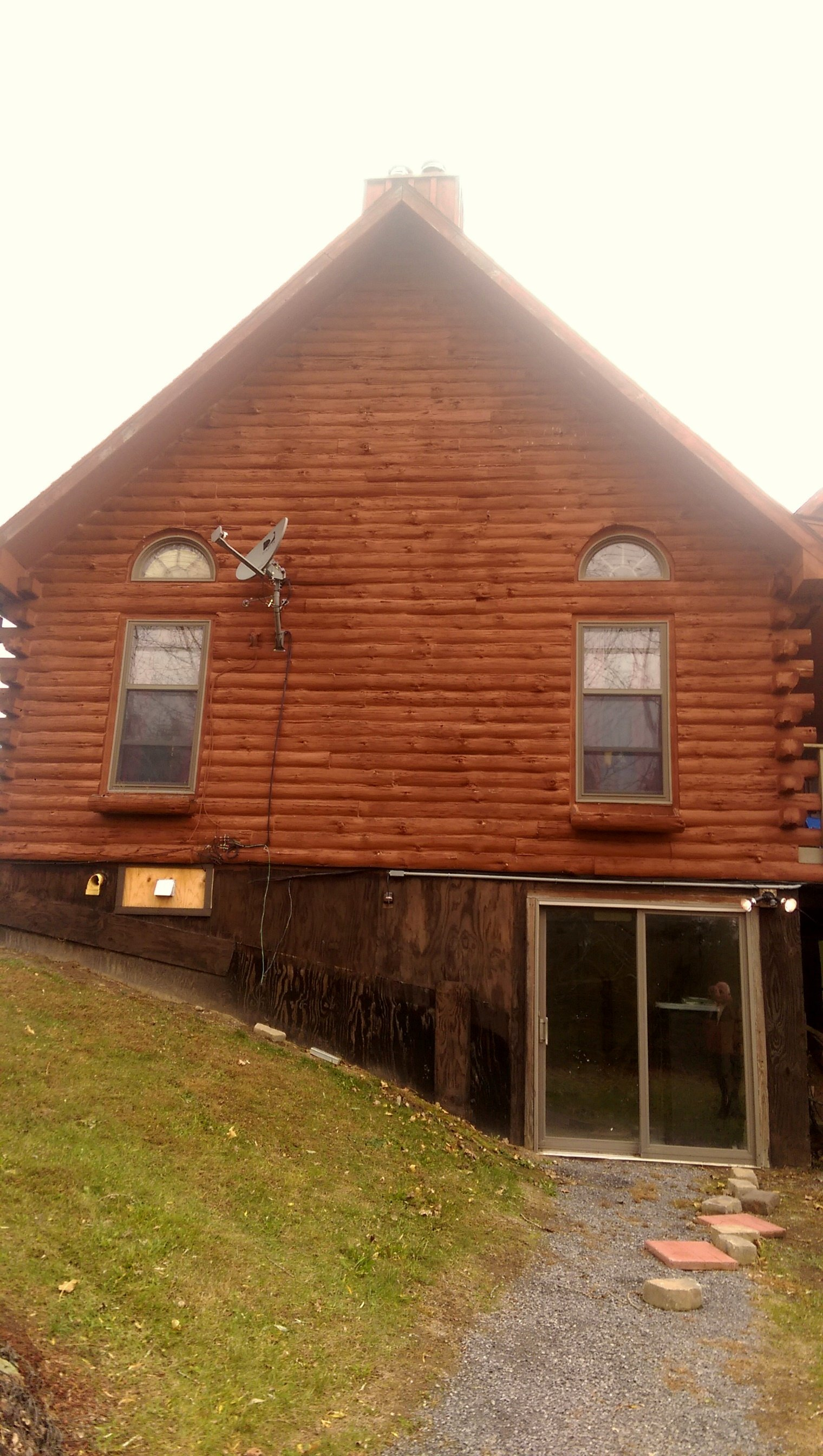 Log cabin with chinking home restoration knoxville tn for Log cabin restoration