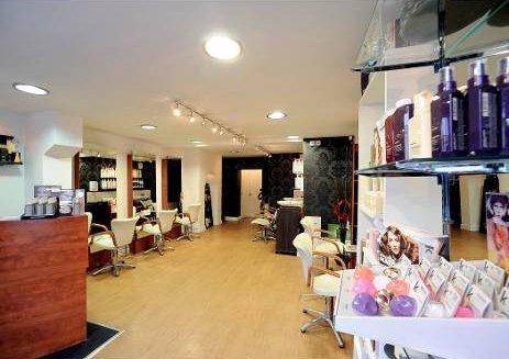 Arena hairdressing salon