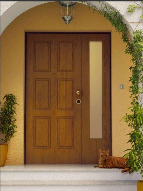 vista dall'esterno di una villa di una porta d'entrata marrone
