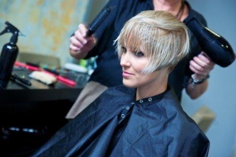 hair styling, hair stylist, caschetto