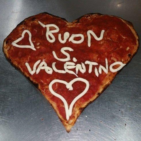 Pizze a tema, ristorante, pizzeria la fiaba, Ischia di castro