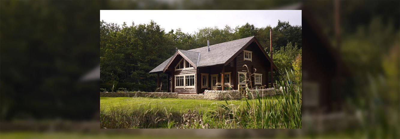 Log houses by Log Cabin UK