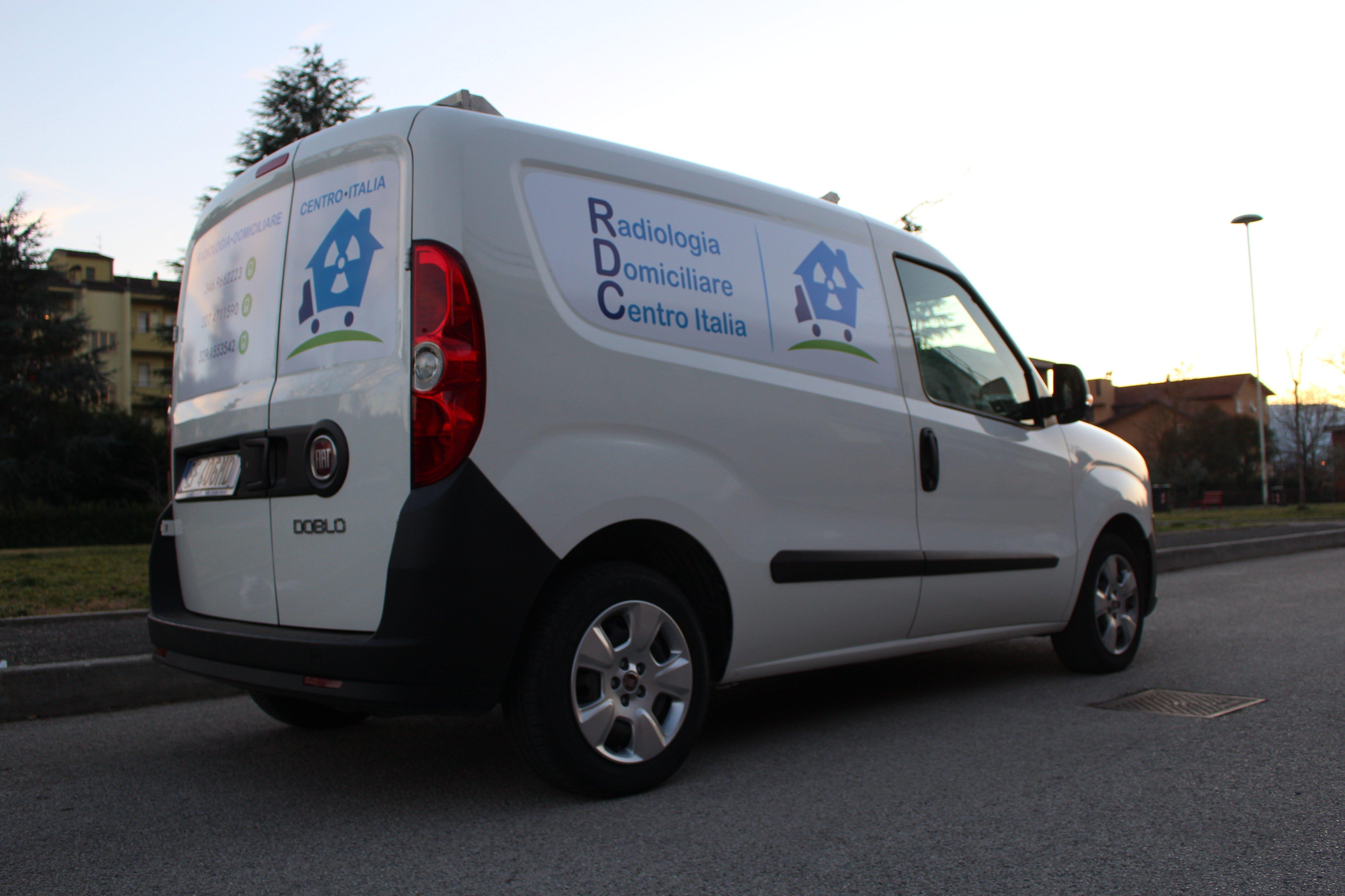 furgone per radiologia a casa