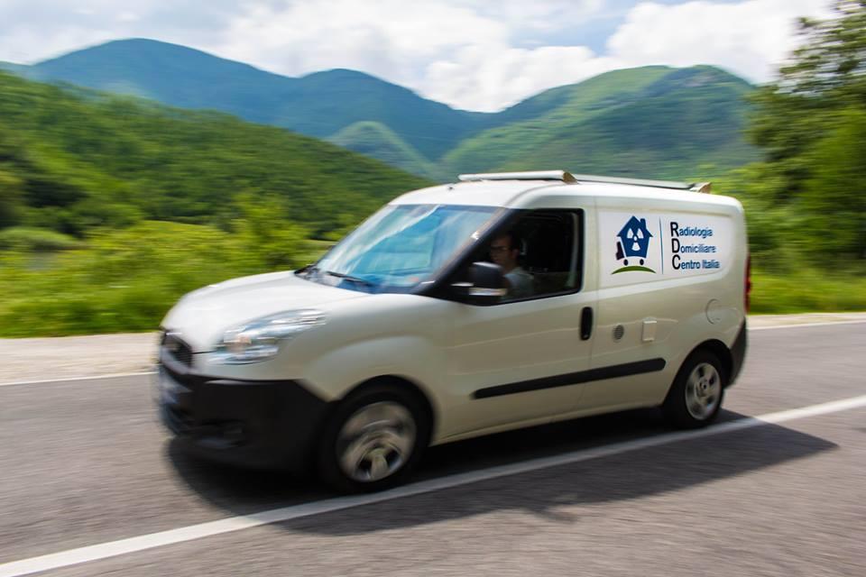 furgone per la radiologia