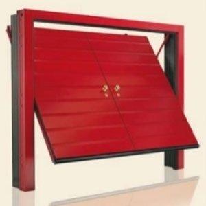 porta di un garage color rosso