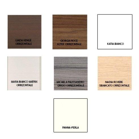 degli esempi di colori in legno per porte